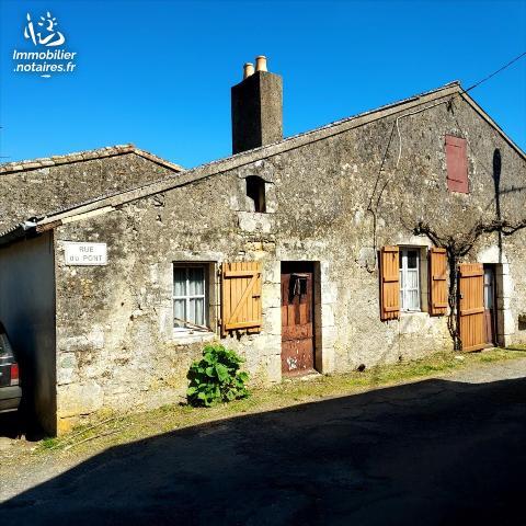 Vente - Maison - Curzay-sur-Vonne - 45.0m² - 2 pièces - Ref : 86010-912246