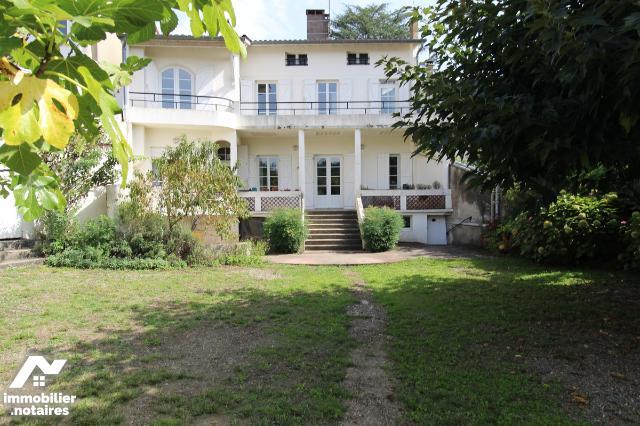 Vente - Maison - Aire-sur-l'Adour - 277.0m² - 11 pièces - Ref : 32052-36