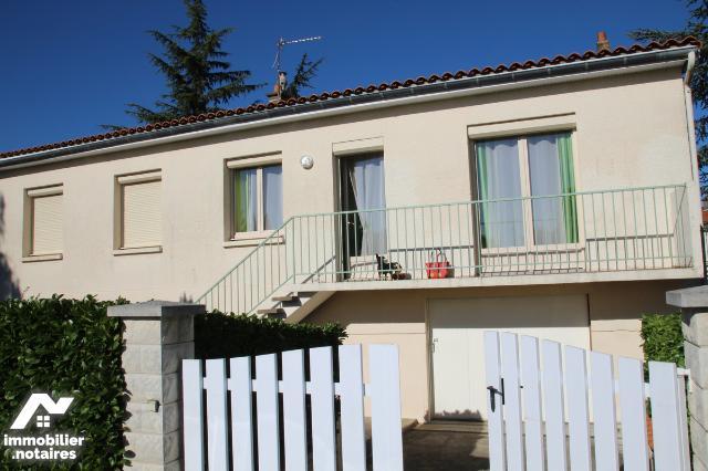 Vente - Maison - Niort - 100.0m² - 6 pièces - Ref : 79004-182