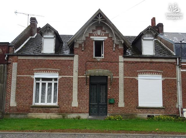 Vente - Maison - Mailly-Maillet - 150.00m² - 8 pièces - Ref : 80072-289