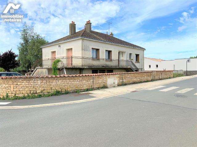 Vente - Maison - Sainte-Gemme-la-Plaine - 100.0m² - 5 pièces - Ref : 85005-343