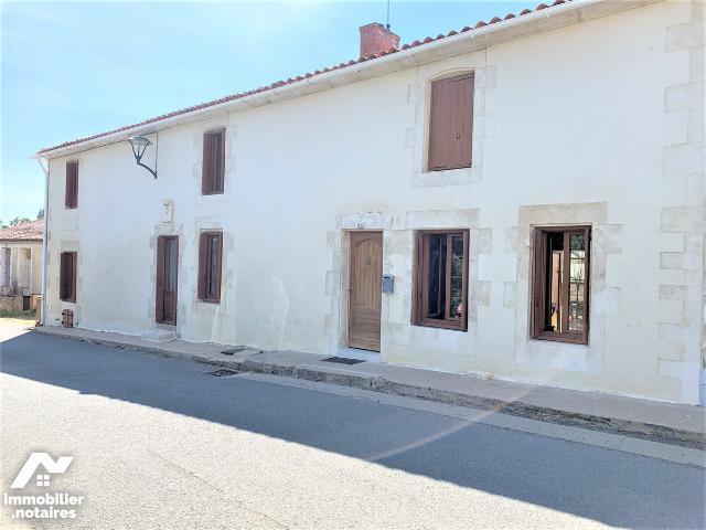 Vente - Maison - Bretonnière-la-Claye - 170.0m² - 7 pièces - Ref : 85005-342