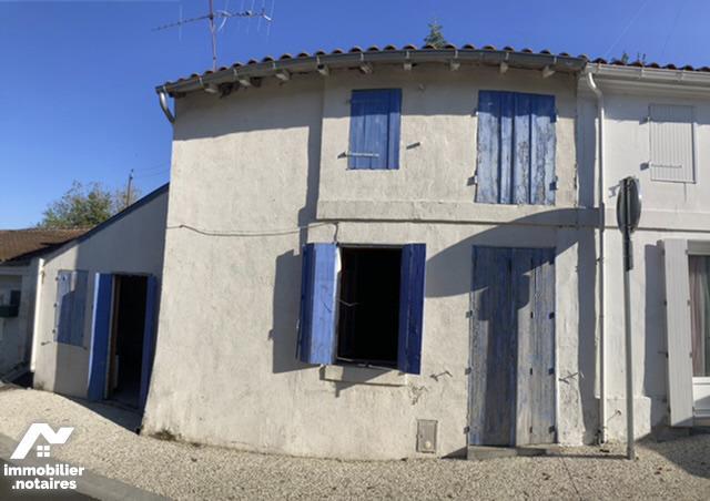 Vente - Maison - Tonnay-Boutonne - 46.0m² - 2 pièces - Ref : 85059-294