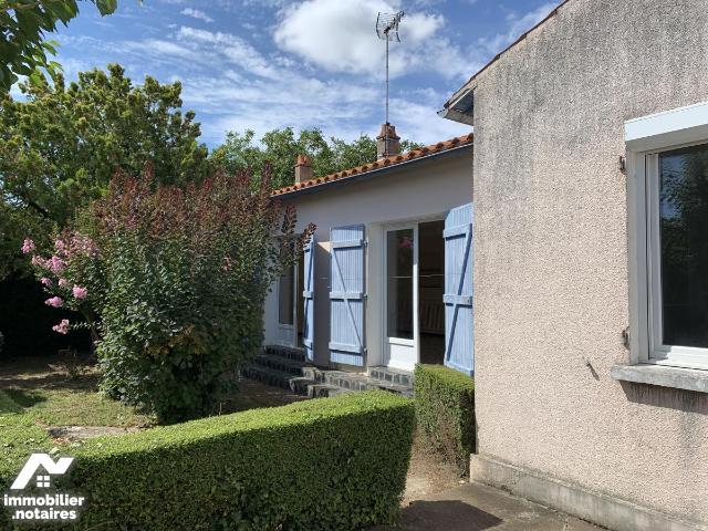 Location - Maison - Luçon - 106.0m² - 4 pièces - Ref : 85088-L19