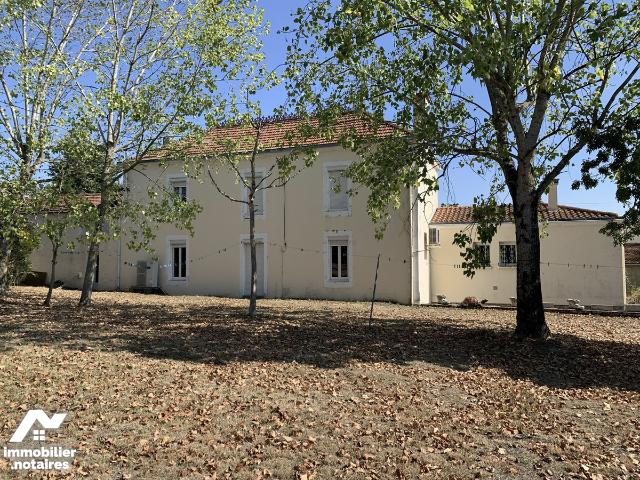 Vente - Maison - Sainte-Pexine - 300.0m² - 10 pièces - Ref : 85088-2108