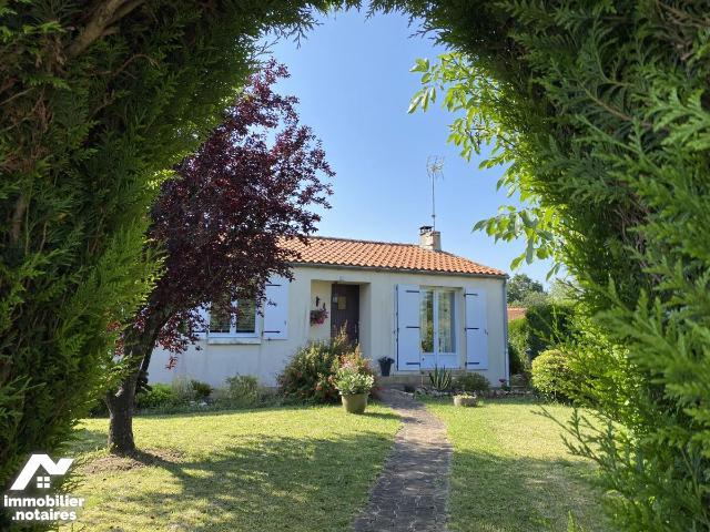 Vente - Maison - Herbiers - 88.0m² - 5 pièces - Ref : 85089-2007
