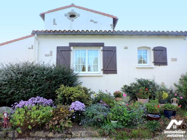 Vente - Maison - Boupère - 141.0m² - 6 pièces - Ref : 85093-3299