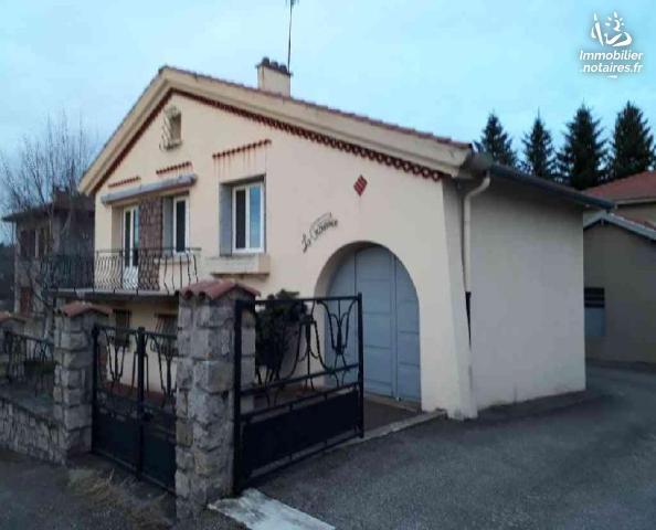 Vente - Maison - Chambon-Feugerolles - 125.00m² - 6 pièces - Ref : 11/LEFL