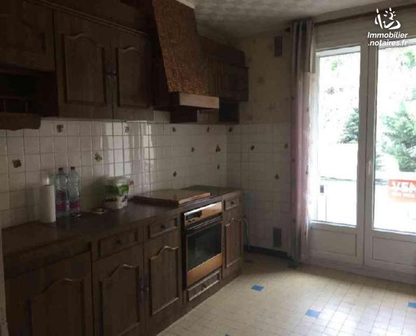 Vente - Appartement - Chambon-Feugerolles - 67.00m² - 3 pièces - Ref : 11/FOURN