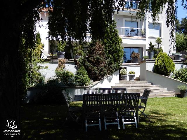 Vente - Maison - Saint-Étienne - 245.00m² - 7 pièces - Ref : GA00430
