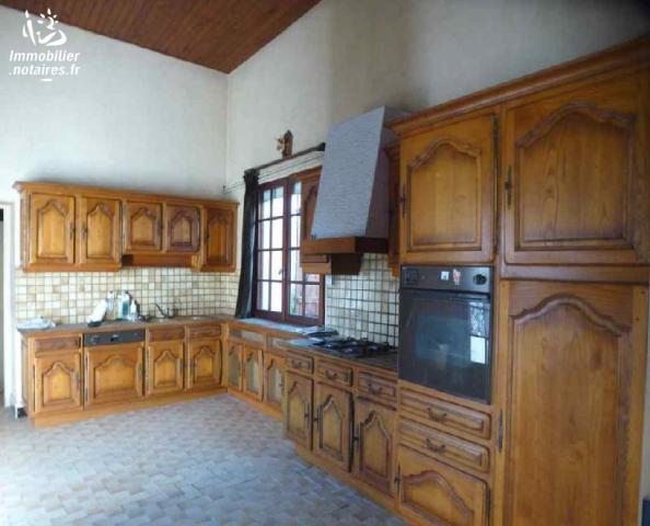 Vente - Maison - Rom - 136.0m² - 8 pièces - Ref : 373