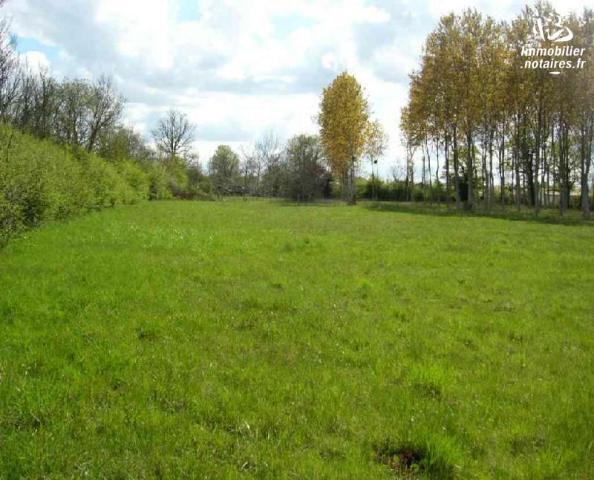 Vente - Terrain à bâtir - Lezay - 567.0m² - Ref : TB00091