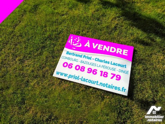 Vente - Terrain - Combourg - 306.0m² - Ref : 091-429