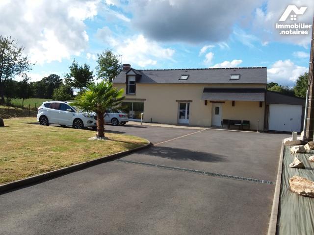 Location - Maison - Dingé - 85.0m² - 4 pièces - Ref : 091-322