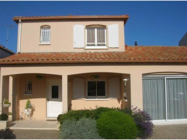 Vente - Maison - Rochelle - 133.00m² - 6 pièces - Ref : 1066