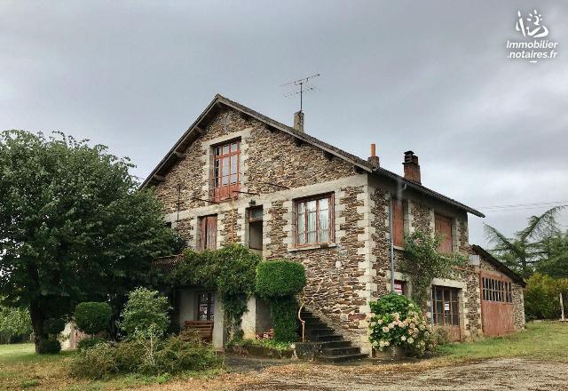 Vente - Maison - Salvetat-Peyralès - 105.0m² - 6 pièces - Ref : LJ967