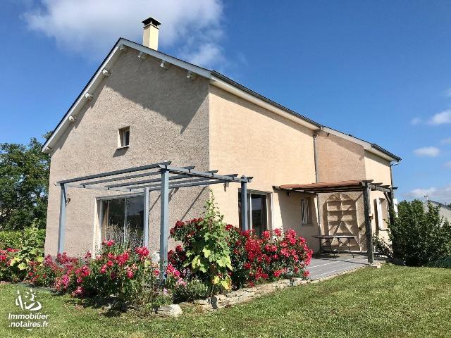 Vente - Maison - Sauveterre-de-Rouergue - 140.0m² - 6 pièces - Ref : LJ933
