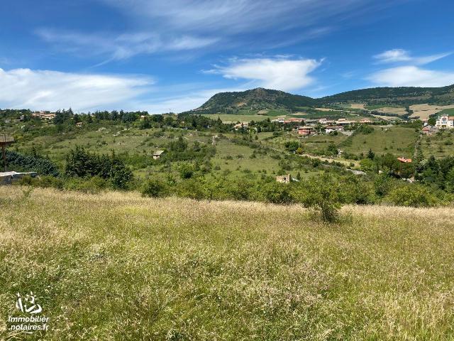 Vente - Terrain à bâtir - Millau - 3500.0m² - Ref : 10443/81