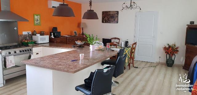 Vente - Maison - Saujon - 158.00m² - 7 pièces - Ref : 01955