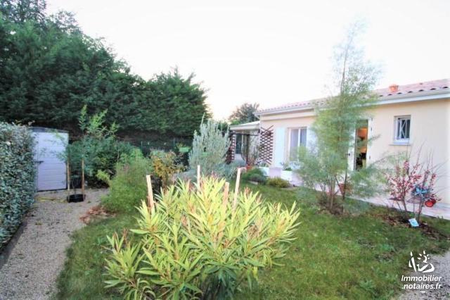 Vente - Maison - Saintes - 88.35m² - 4 pièces - Ref : FM/264