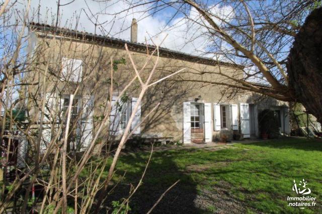 Vente - Maison - Saintes - 108.00m² - 5 pièces - Ref : FM/287