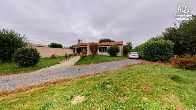 Vente - Maison - Clisse - 133.00m² - 4 pièces - Ref : AB/299