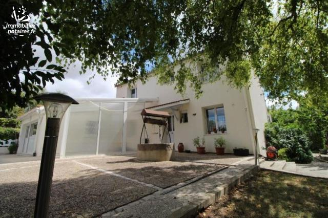 Vente - Maison - Saint-Georges-des-Coteaux - 150.75m² - 7 pièces - Ref : FM/248