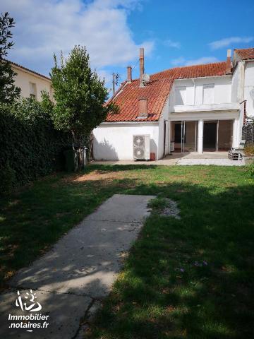 Vente - Maison - Lesparre-Médoc - 180.00m² - 8 pièces - Ref : 100/1003
