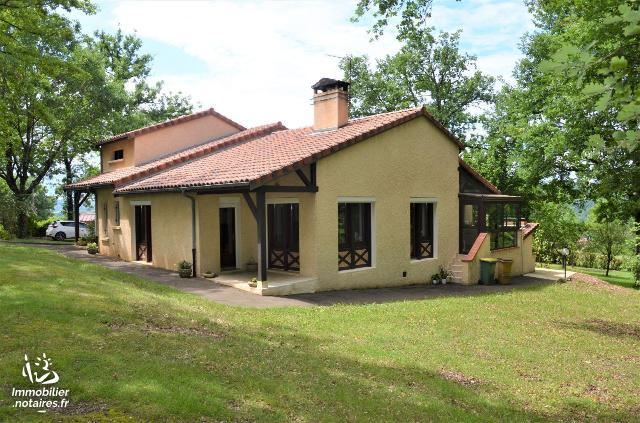 Vente - Maison - Figeac - 150.00m² - 6 pièces - Ref : 46055/MAIS/915