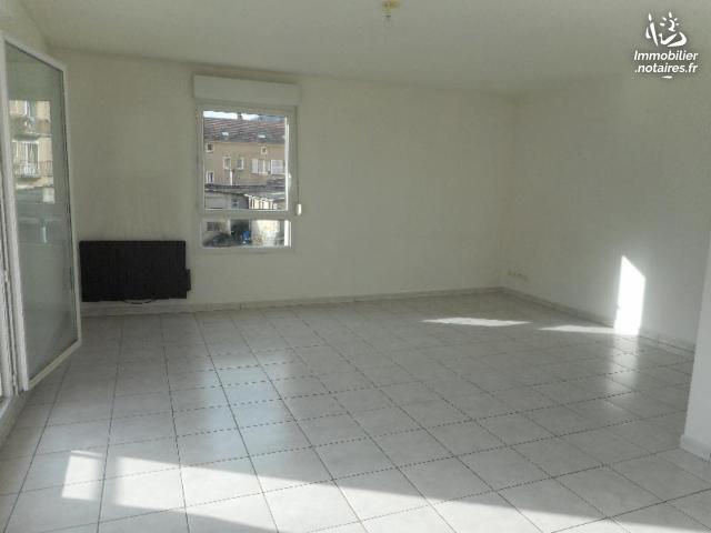 Vente - Appartement - Ars-sur-Moselle - 57.00m² - 2 pièces - Ref : 12919/81