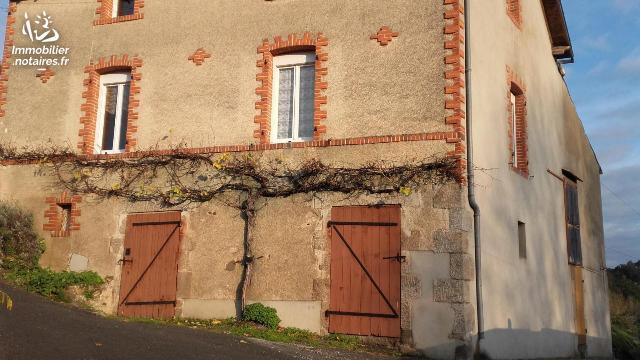 Vente - Maison - Argentonnay - 90.32m² - 3 pièces - Ref : AGM 00116*