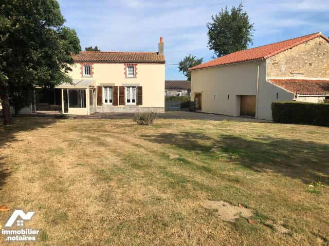 Vente - Maison - Argentonnay - 128.0m² - 6 pièces - Ref : 79029/AGM372