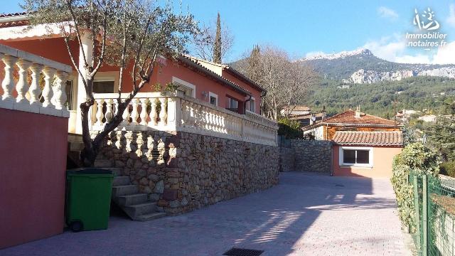 Vente - Maison - Toulon - 164.00m² - 7 pièces - Ref : 042/758