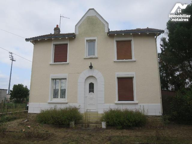 Vente - Maison - Châtellerault - 96.0m² - 5 pièces - Ref : 86024/86024-MAIS2069
