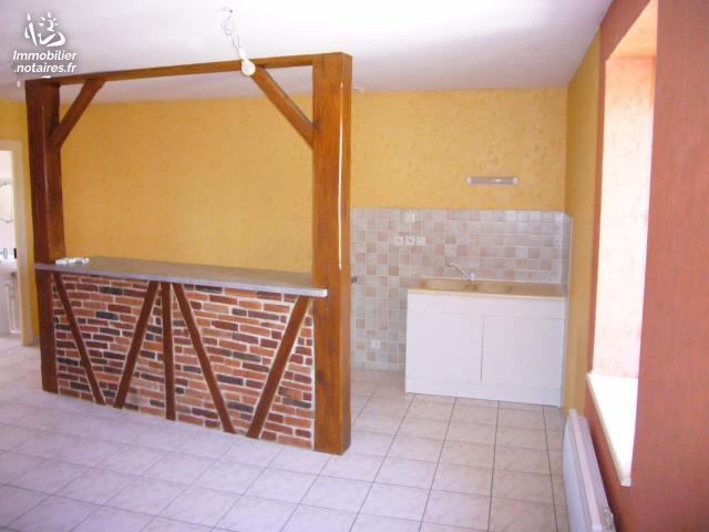 Location - Appartement - Bâgé-la-Ville - 71.00m² - 3 pièces - Ref : 008/1573