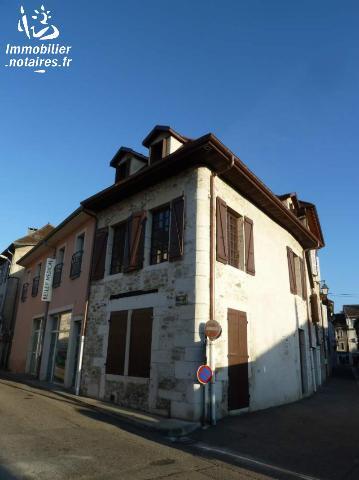 Location - Maison - Belley - 130.00m² - 6 pièces - Ref : 082/702