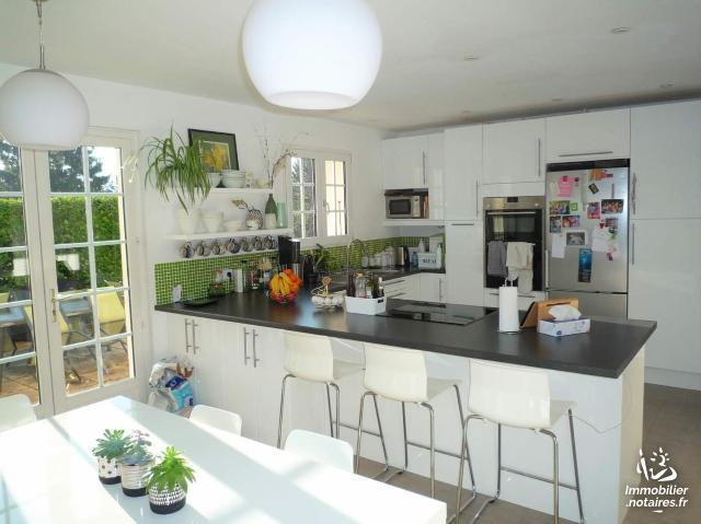 Vente - Maison - Cessy - 180.00m² - 7 pièces - Ref : 085/M/354
