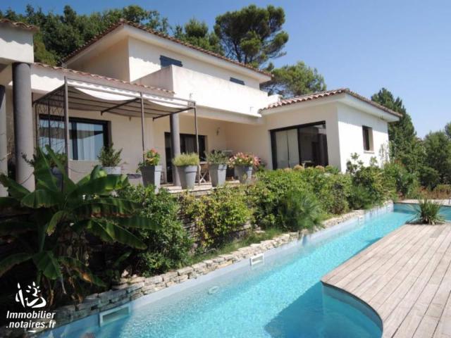 Vente - Maison - Pierrevert - 250.00m² - 6 pièces - Ref : 565V