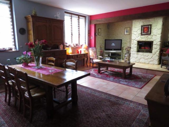 Vente - Maison - Saint-Germainmont - 160.00m² - 6 pièces - Ref : 021/288