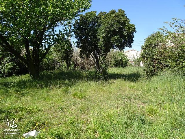 Vente - Terrain à bâtir - Salon-de-Provence - 518.0m² - Ref : 059/2853 IMMO INTER ACTIF