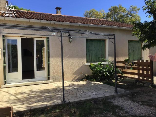 Vente - Maison - Grans - 100.33m² - 6 pièces - Ref : 059/2722 IMMO INTER ACTF