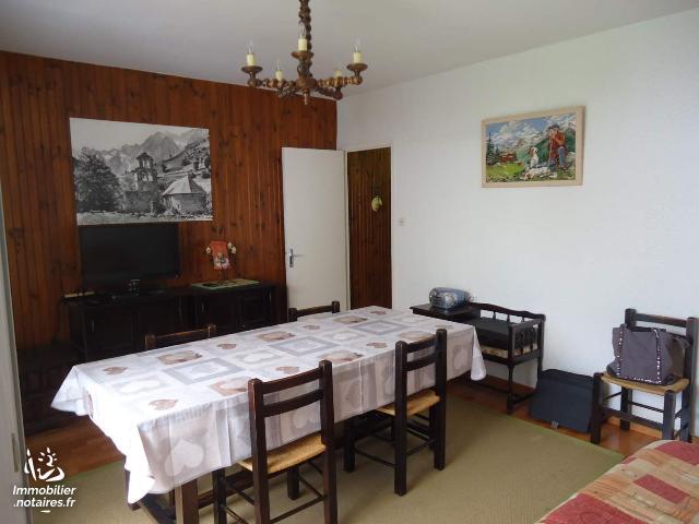 Vente - Appartement - Saint-Mamet - 64.00m² - 3 pièces - Ref : 052/254