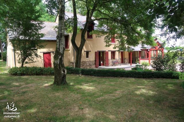 Vente - Maison - Médréac - 205.00m² - 8 pièces - Ref : 050/1837