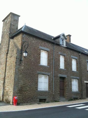 Vente - Maison - Saint-Georges-de-Reintembault - 62.59m² - 5 pièces - Ref : 4083