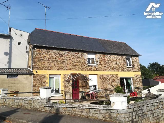 Vente - Maison - Fougères - 85.0m² - 5 pièces - Ref : 137/3686