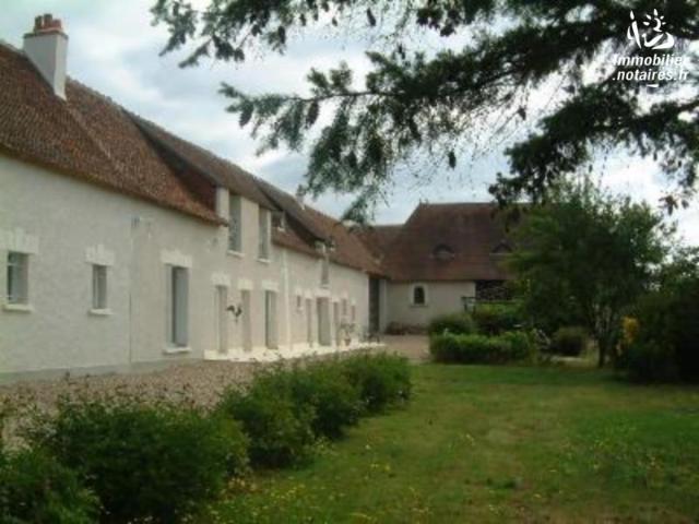 Vente - Maison / villa - NEUILLE LE LIERRE - 280 m² - 8 pièces - 013/938