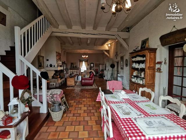 Vente - Maison - Heugas - 300.00m² - 6 pièces - Ref : 023M2137