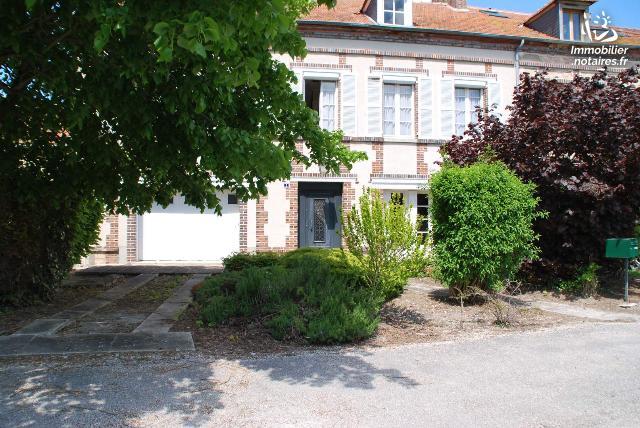 Vente - Maison - Anglure - 166.00m² - 5 pièces - Ref : 043/1265