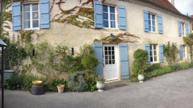 Vente - Maison / villa - MORLANNE - 214 m² - 9 pièces - 050/M/2284