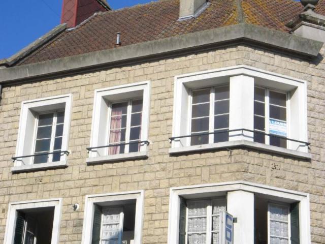 Location - Appartement - Neufchâtel-en-Bray - 60.00m² - 2 pièces - Ref : 069/735